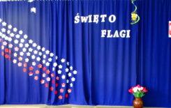 Więcej o: Dzień Flagi