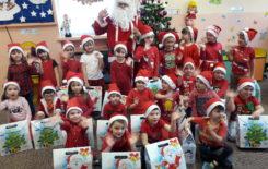Więcej o: Mikołaj u Biedronek